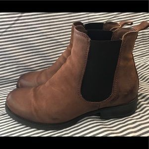 Mix Mooz Newport Boots (Extremely Minor Wear)